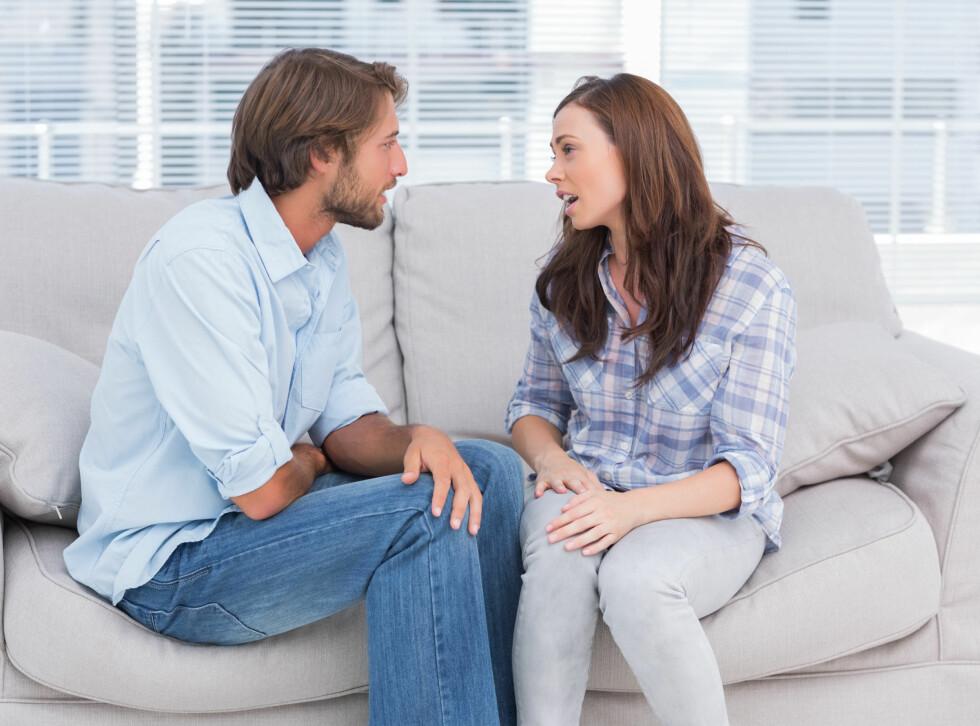 PARTERAPI: Mange velger å gå til en profesjonell samtaleterapeut for å få hjelp til å bearbeide følelser, og ikke mins få reparert skaden i forholdet.  Foto:  Fotolia