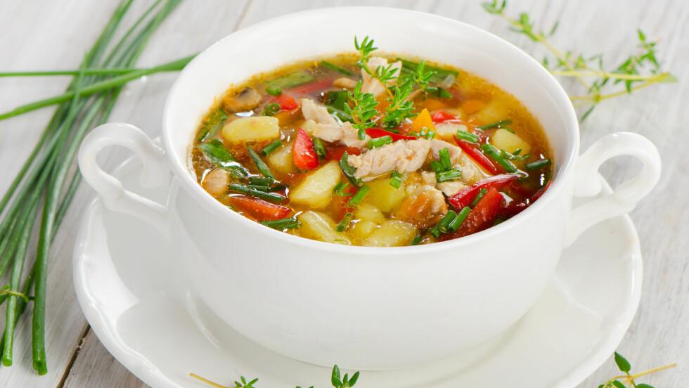 SUPPE: Kan bli et godt og sunt måltid hvis du har i de riktige ingrediensene.  Foto: bit24 - Fotolia