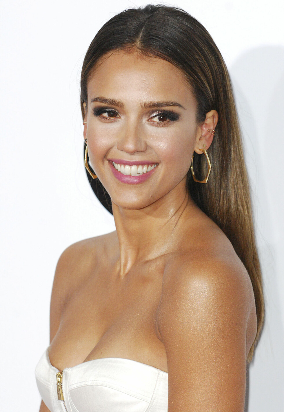 JESSICA ALBA - OVALT ANSIKT.  Foto: All Over Press