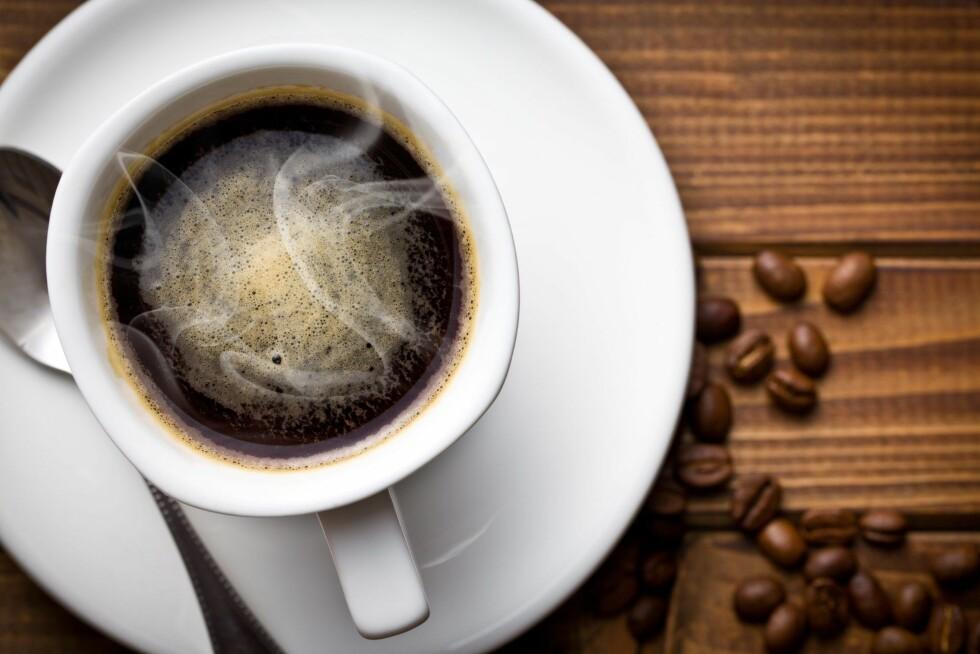 VANSKELIG Å KUTTE NED: Koffein er verdens mest sosialt aksepterte rusmiddel.  Foto: All Over Press