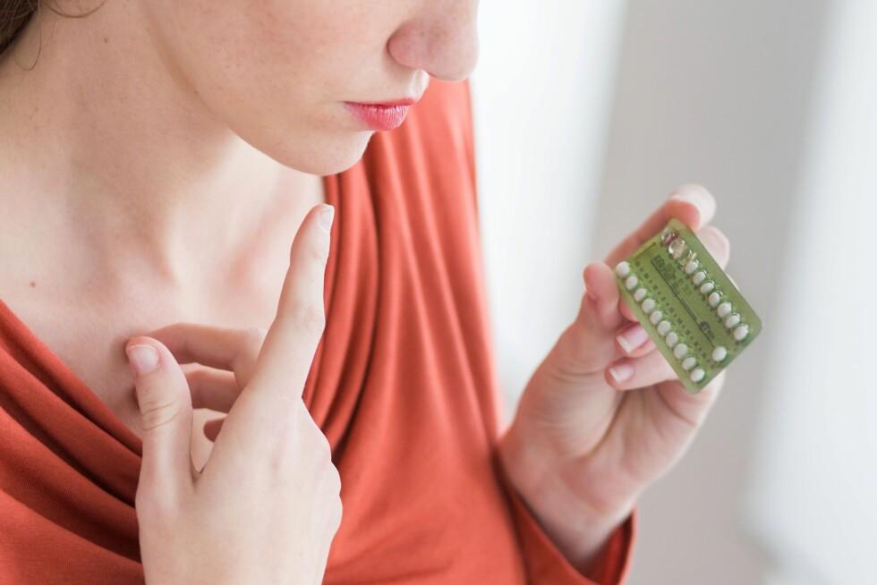 PÅ TIDE Å BYTTE? Noen kvinner kan fint bruke p-pillene det advares mot, mens andre bør unngå det. Foto: All Over Press