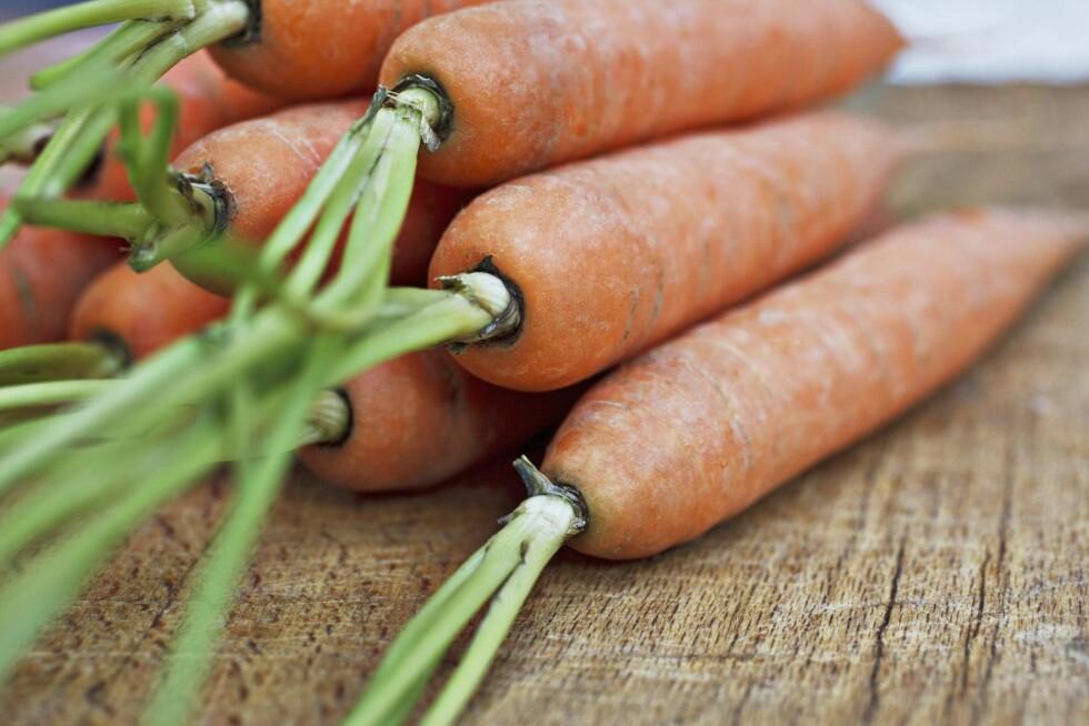 KOSTFIBER: Gulerøtter inneholder kostfiber som er bra for magen og hjelper fordøyelsen.  Foto: All Over Press