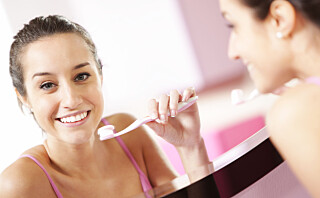 Bytt tannbørste - få hvitere tenner