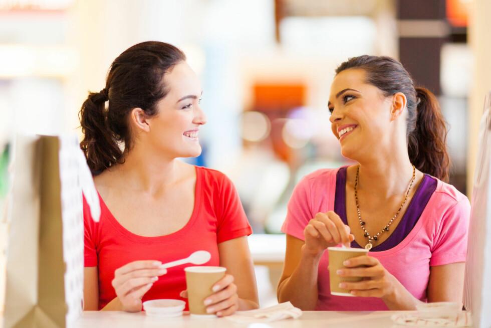 HYGGELIG: Selv om det alltid er hyggelig å tilbringe tid med venninner, er det noen dager du heller vil være for deg selv. Foto: michaeljung - Fotolia
