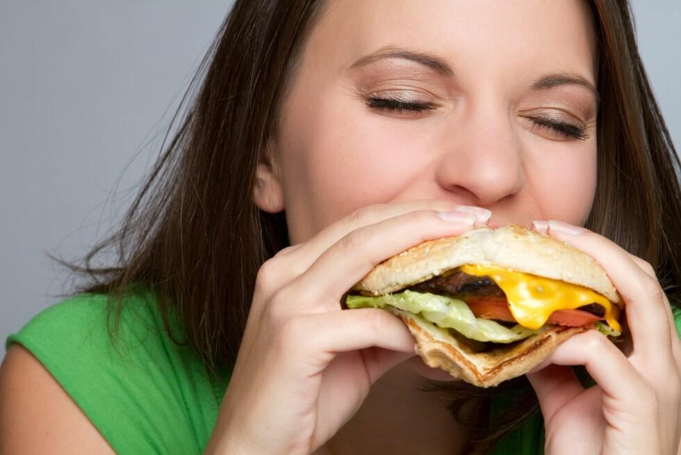 KARBOHYDRATER: Et måltid bestående av mye karbohydrater kan gjør at du veier mer. Dette er fordi karbohydrater binder vann. Foto: Jason Stitt - Fotolia