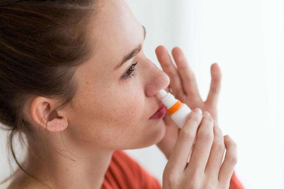 VÆR OBS PÅ NESESPRAYBRUKEN: Du bør ikke bruke nesespray i mer enn én uke av gangen.  Foto: REX/Burger/Phanie/All Over Press