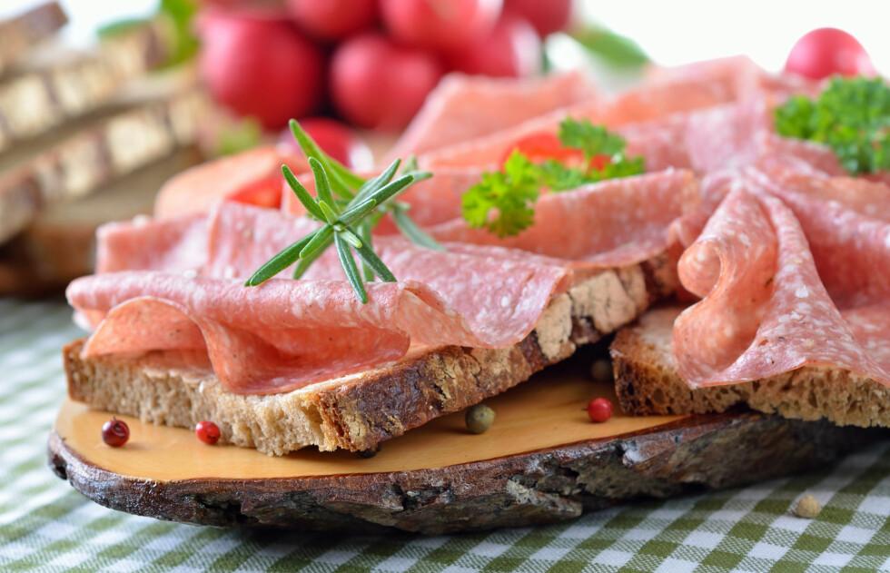 LITT TUNGT TIL KVELDS: Den velkjente og høyt elskede brødskiva er ikke det beste du kan spise til kveldsmat, ifølge Birger Svihus, professor i ernæring ved UMB i Ås. Foto: Fotolia