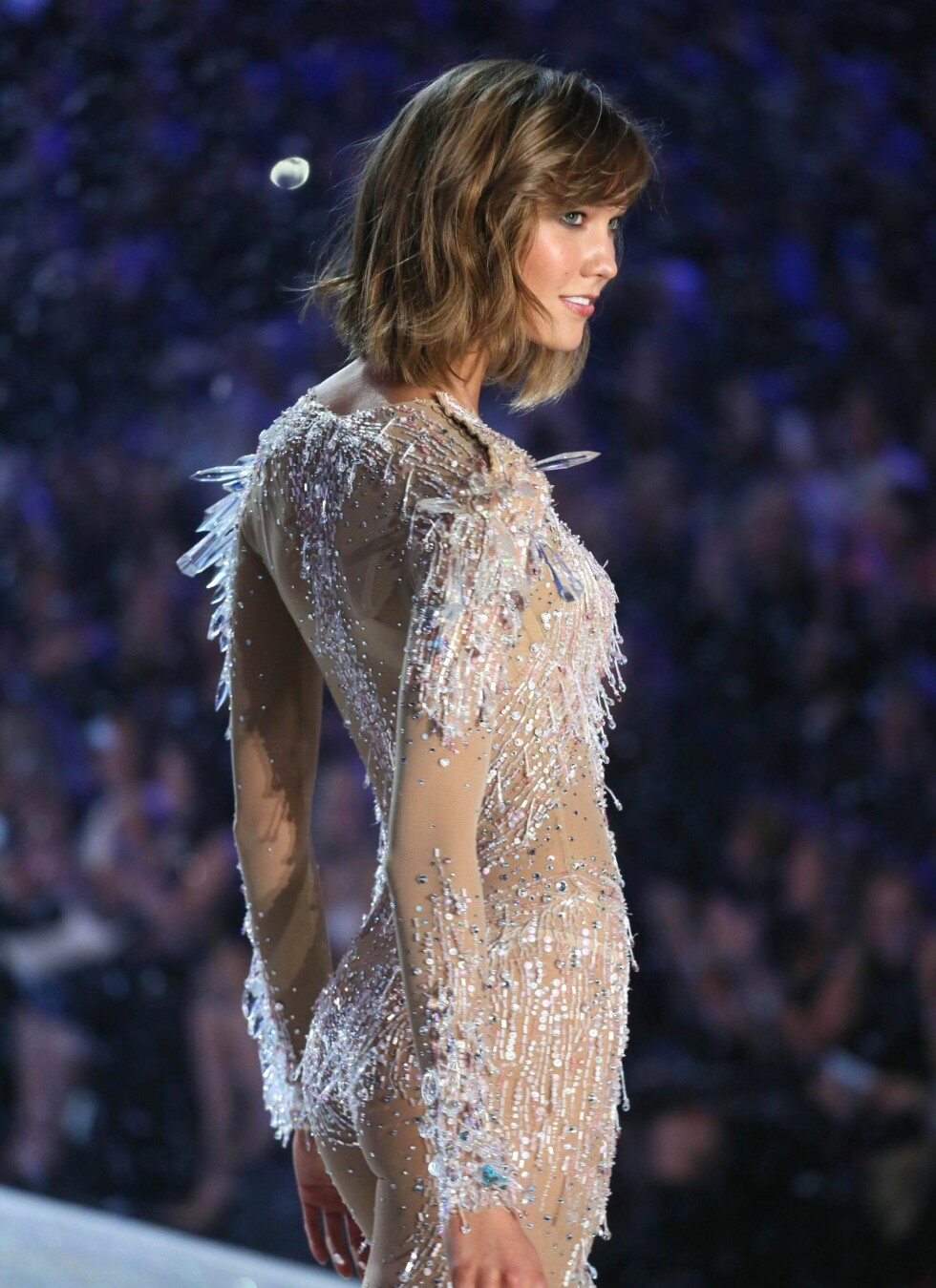 Karlie Kloss on the catwalk *** Local Caption *** 10.3370092fo Foto: REX/Erik Pendzich/Rex/All Over P