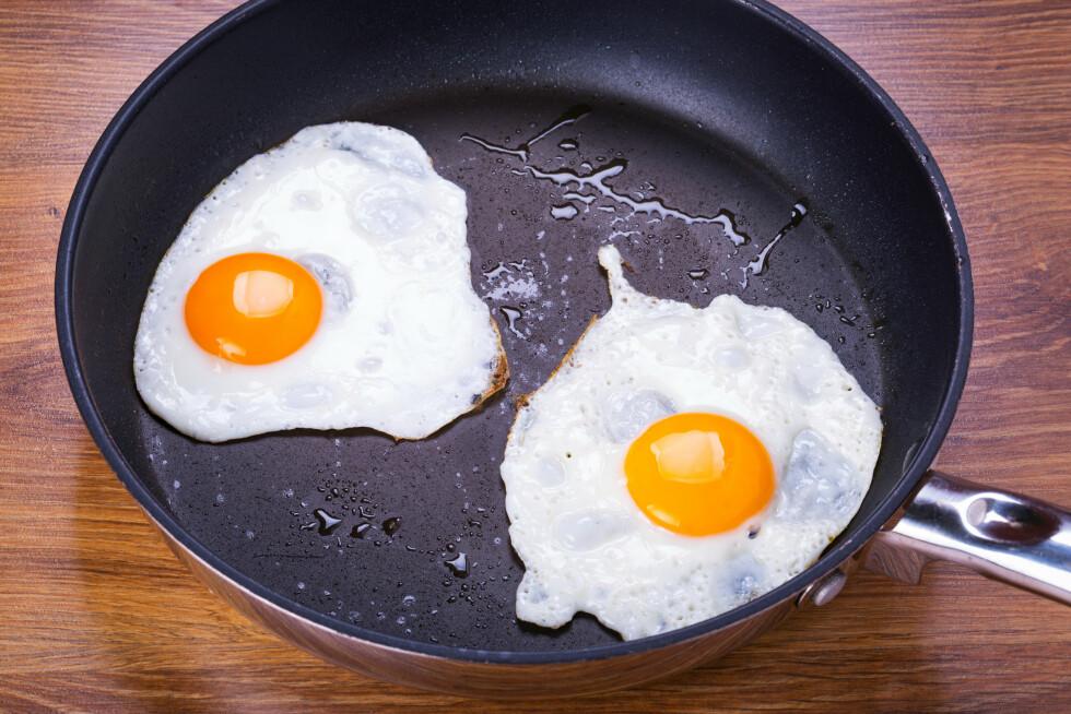 VARMEN ØDELEGGER: Når eggene blir mer enn 40 grader blir næringgstoffene ødelagt. Det er derfor anbefalt at du lar plommen være bløt.  Foto: Patryk Kosmider - Fotolia