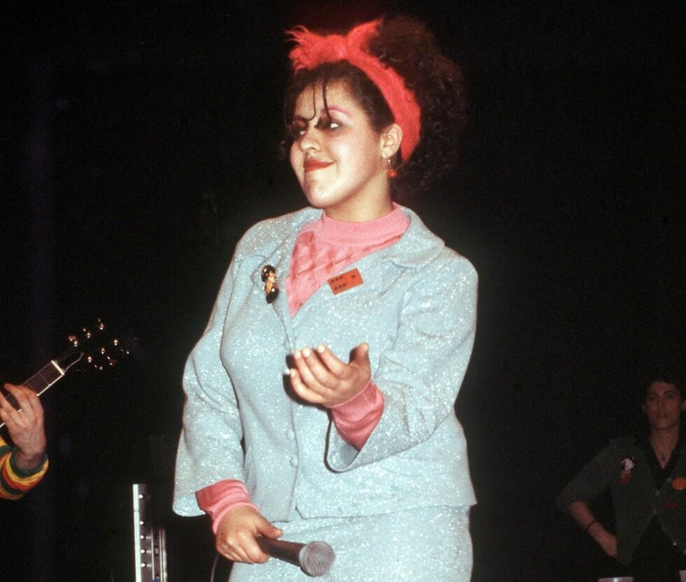 POLY STYRENE: Den britiske rockestjernen var kjent for sine kontroversielle opptredener.  Foto: REX/All Over Press