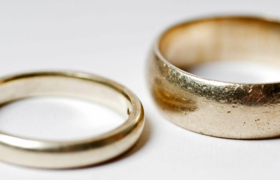 SKILSMISSE: Over 40 prosent av alle norske ekteskap ender i skilsmisse. Noe av det vanligste å krangle om er sex, husarbeid og økonomi. Foto: David Page / Alamy/All Over Pres