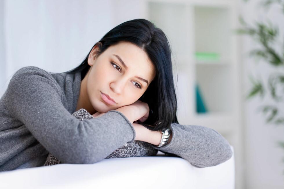 FØLER DU DEG LITT UTAFOR? Det er spesielt godt kjent at hormonene i kroppen kan få humøret til å variere. Foto: Fotolia