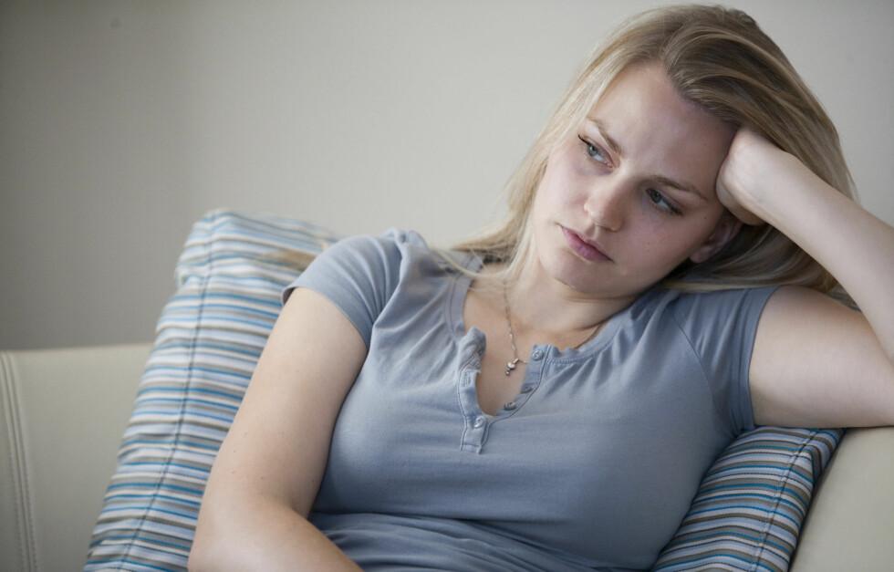 PÅVIRKER HUMØRET: Det er en kjent sak at vi kvinner blir litt ekstra hormonelle under menstruasjonen. Det skjer imidlertid store forandringer på hormonene i kroppen gjennom livet, og det er enkelte som det kan være ekstra lurt å merke seg.  Foto: Colourbox