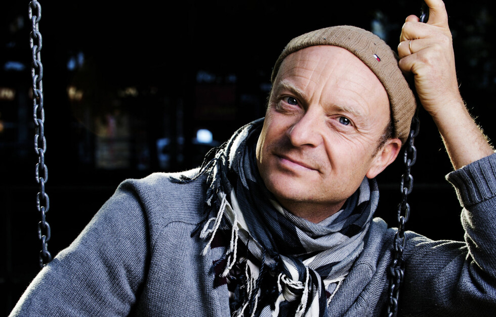 """HEDRER SINE DØDE VENNER: Med bøkene """"Tørk aldri tårer uten hansker"""", ville Jonas Gardell hedre vennene som døde av Aids.  Foto: All Over Press"""