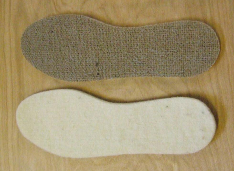GJØR FØTTENE VARME I EN FEI: Er skoen uten foring, løser du raskt problemet med å legge inn en god såle i ull. Foto: Produsenten
