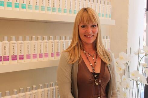 EKSPERT: Lise Holm-Glad, frisør og leder for Defines frisørteam. Foto: Aina Kristiansen