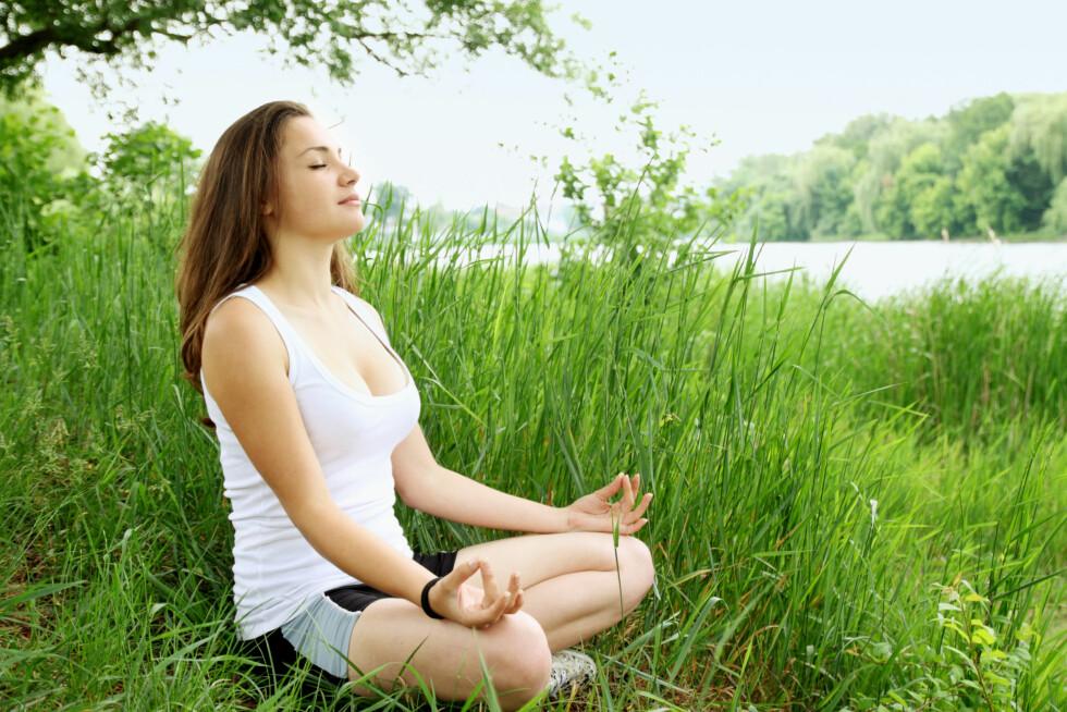 LÆR GOD PUSTETEKNIKK: Yoga kan være en god måte å lære å få kontroll over pusten på. Foto: mallivan - Fotolia