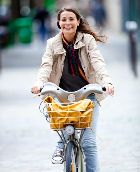 FIN FART: Med sykkel kommer du raskt fram, og får frisk luft og mosjon på kjøpet. Foto: All Over Press
