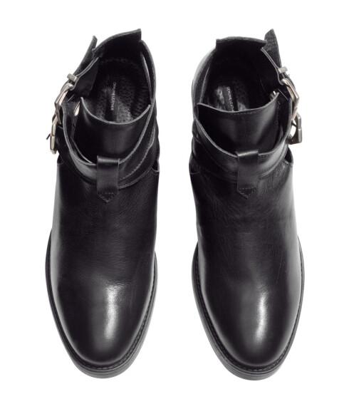 DROPP FÔRING: Går du for et par boots uten fôr, kan du bruke dem hele sensommeren, og med et par tynne ullsokker holder de deg varme utover høsten og vinteren også.