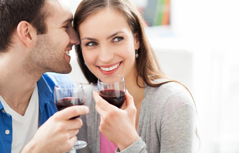 ALKOHOL KAN ØKE RISIKOEN FOR DEMENS: En ny svensk studie viser at alkoholinntak er blant de største risikofaktorene for demens, foruten de genetiske årsakene. Foto: Edyta Pawlowska - Fotolia