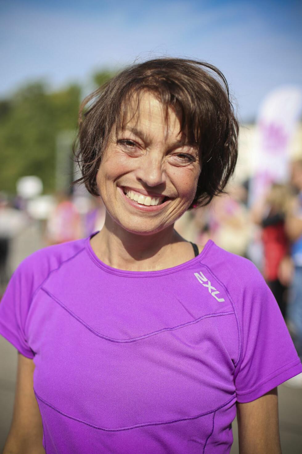 ORGANTRANSPLANTASJON: Det er kort tid siden Inger-Hèlen Hjemvoll fikk transplantert nytt hjerte og nyre. I dag fullførte hun KK-milas 5 km.  Foto: Vilde Borse