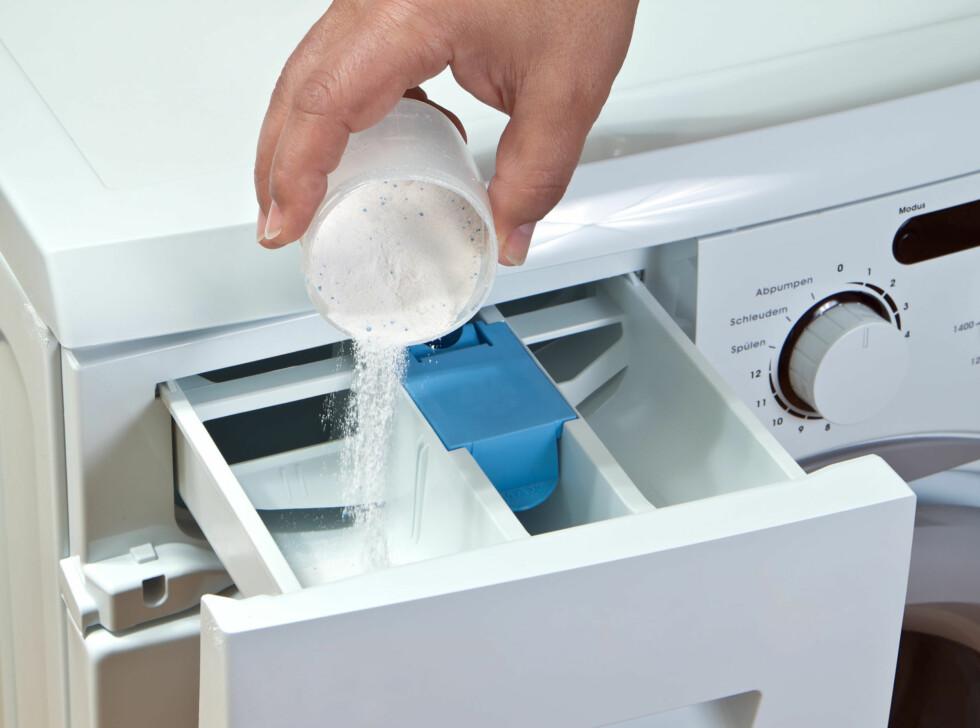 VASKEMIDDEL: Noen vaskemidler - og da (lite overraskende kanskje) de uten såpe, funker ikke spesielt godt. Foto: g215 - Fotolia