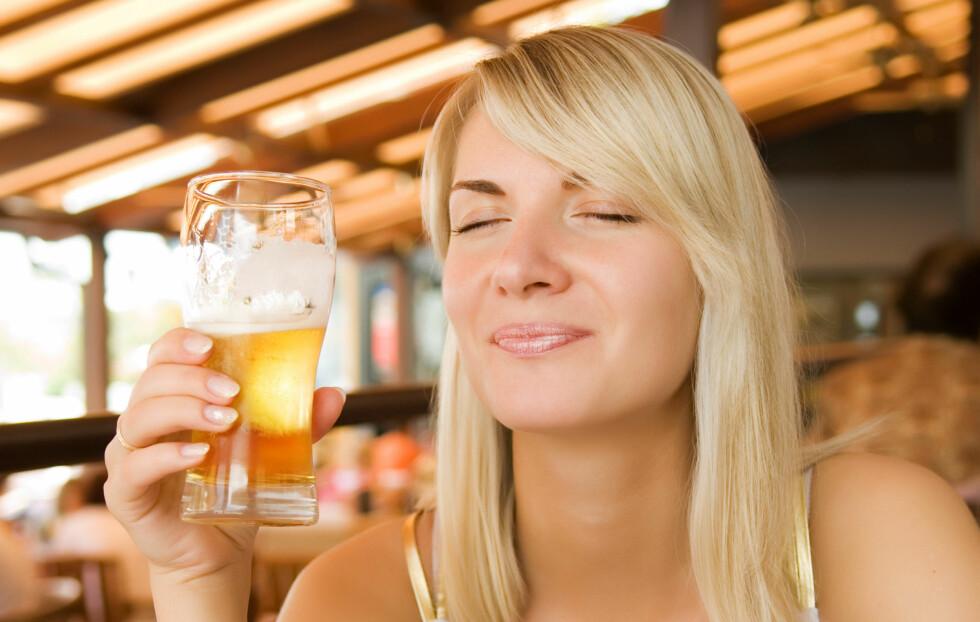 TA DEG EN ØL I DAG: Studier viser at drikken øker blodstrømmen både til og fra hjertet ditt. Men ikke overdriv, 3,6 desiliter er nok til å høste de positive egenskapene.  Foto: Thinkstock.com