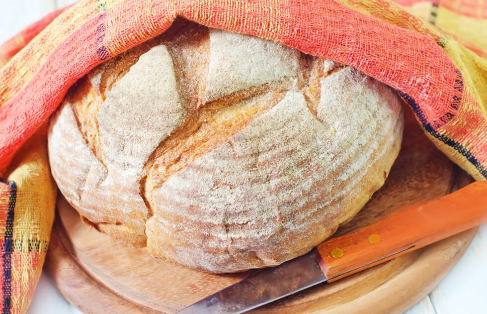 <strong>SURT OG GODT:</strong> Surdeigsbrød er manges favoritt.  Foto: Colourbox
