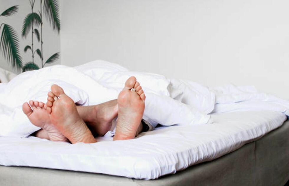 MADRASSEN HAR MYE Å SI: En for myk eller for hard madrass kan blant annet føre til ryggsmerter. Det er derfor viktig at både du, og eventuell partner, finner en madrass som passer til deres kropper.  Foto: Thinkstock.com