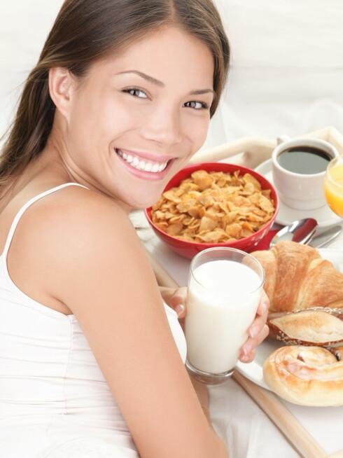 IKKE HOPP OVER MÅLTIDENE: Frokost er for eksempel veldig viktig hvis du ønsker å holde kroppen slank.  Foto: Getty Images/iStockphoto