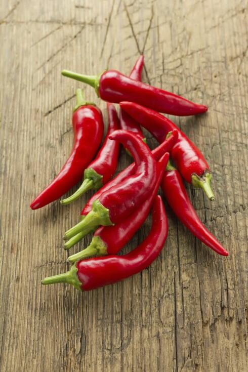 SPICY: Chili inneholder like mye vitamin C som paprika. Foto: Getty Images/iStockphoto
