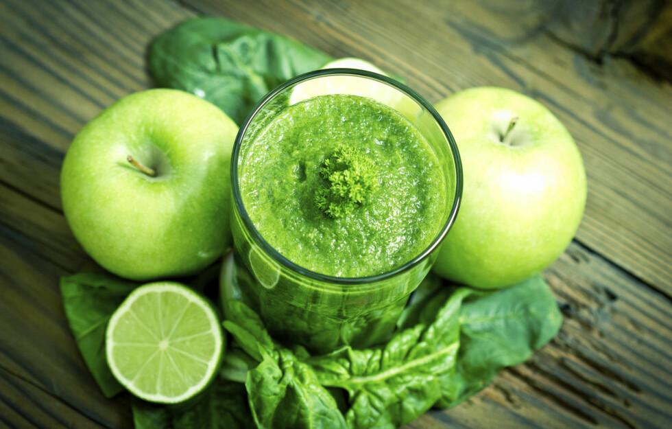SUNNHET I ET GLASS: En grønn smoothie kan gi deg et skikkelig boost av blant annet vitaminer og antioksidanter. Godt og enkelt er det også.  Foto: Getty Images/iStockphoto