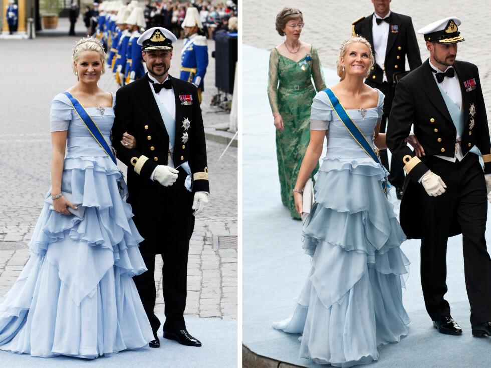 IKKE LIKE HELDIG: Denne pudderblå kjolen, som kronprinsessen bar i bryllupet til kronprinsesse Victoria, falt ikke i like god smak blant motekritikerne.  Foto: All Over Press