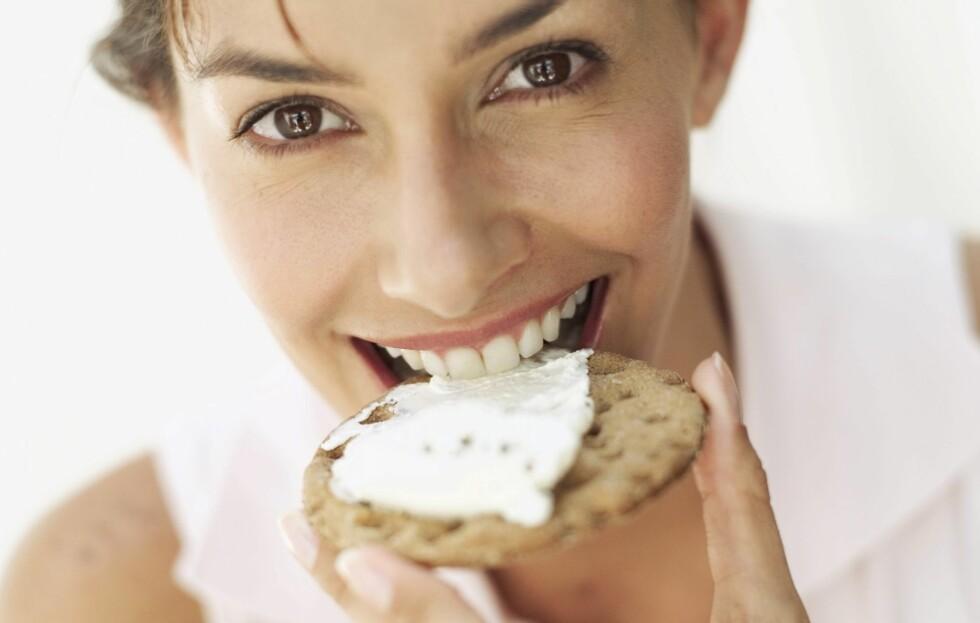 KALSIUM FORLENGER LIVET: Ny forskning viser at kalsium - som du får blant annet gjennom meieriprodukter som ost og melk, kan forhindre for tidlig død.  Foto: Thinkstock