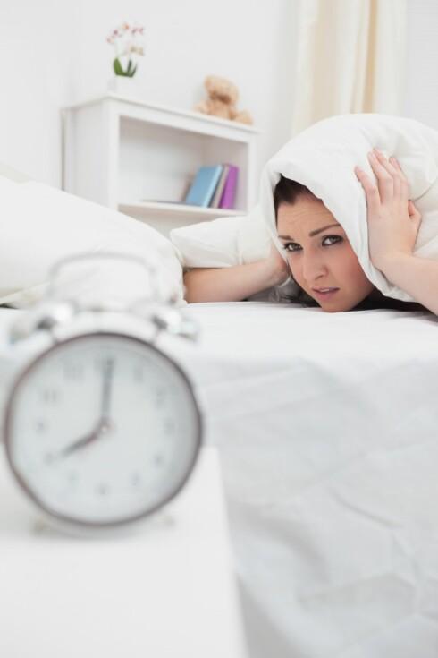 SETT ALARMEN UNNA SENGEN: Ja, det er litt slitsomt, men det får deg garantert opp av senga tilslutt.  Foto: Thinkstock