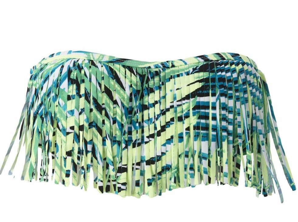Med tropisk print og frynser (kr 100, Gina Tricot). Foto: Produsenten