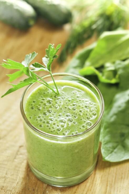 GRØNN JUICE: Bruker du riktig ingredienser blir dette en bombe av næringsstoffer.  Foto: Thinkstock.com