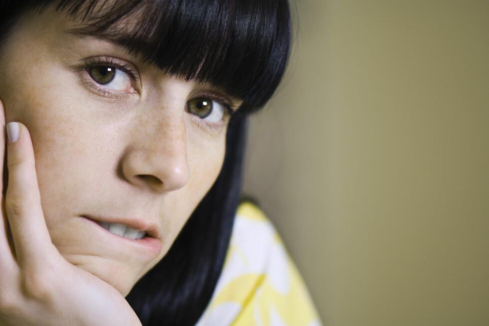KLASSISK: Å bite/tygge på leppen er et typisk stresstegn. Foto: Michele Constantini / Altopress