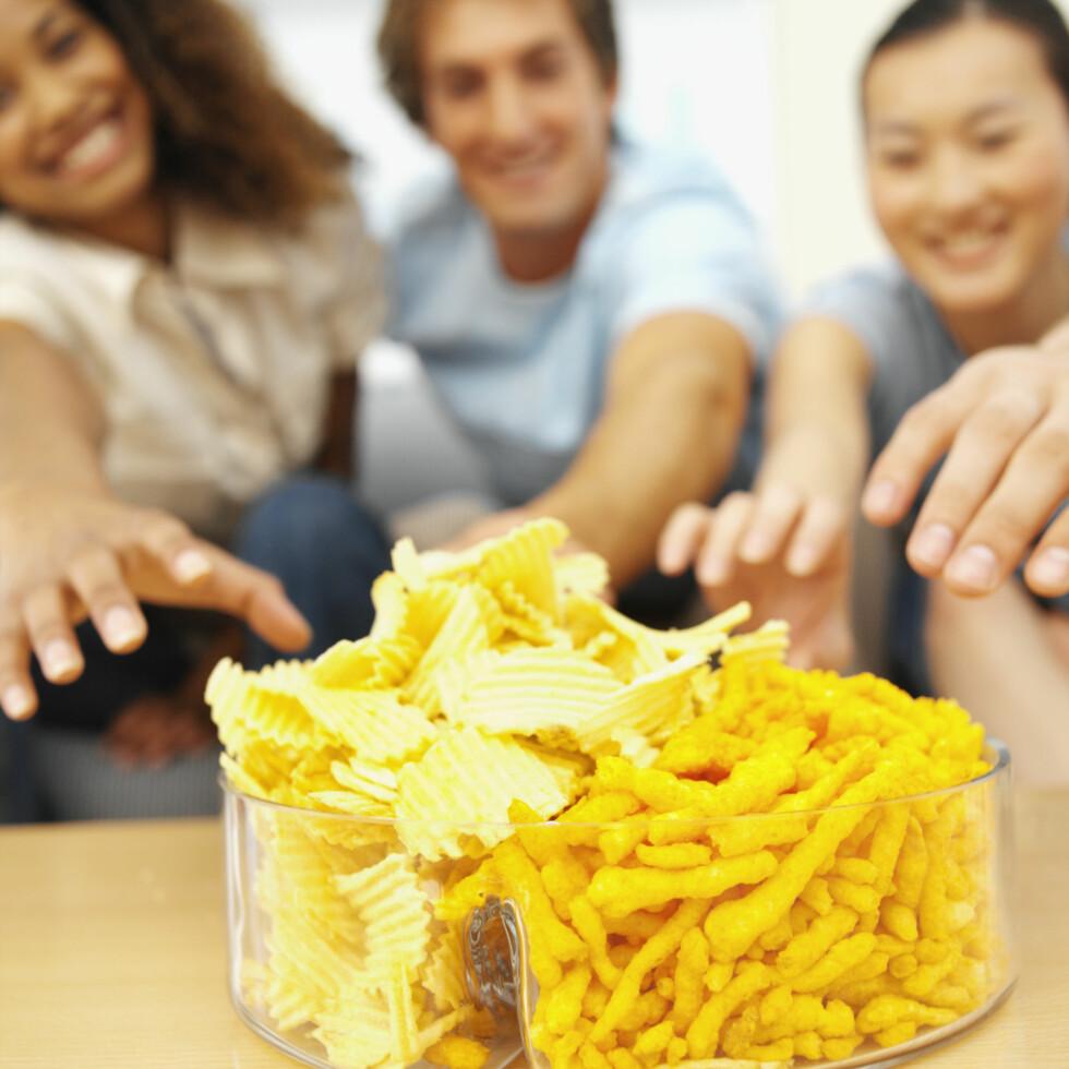 SVAK FOR SNACKS? Ettermiddagen er det tidspunktet flest slankekurer sprekker. Foto: Getty Images