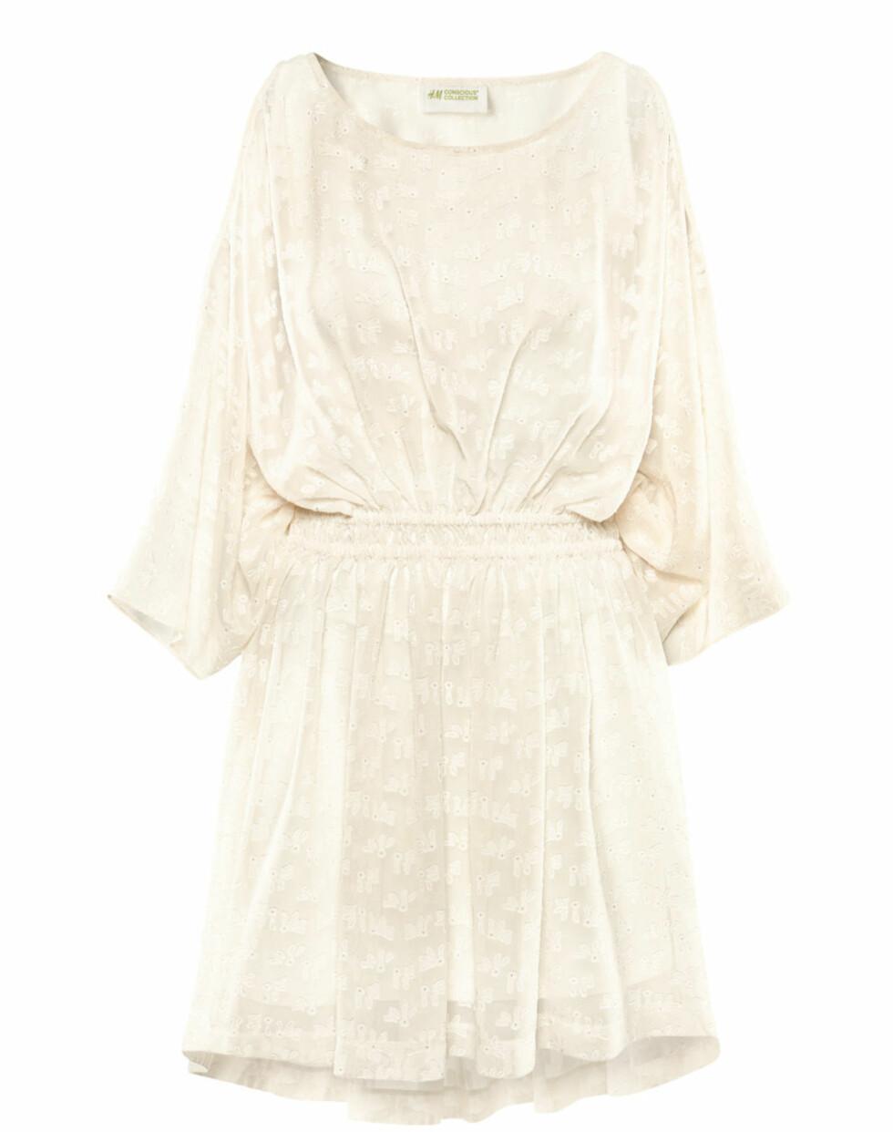 Offwhite sommerkjole (kr 300, H&M). Foto: Produsentene