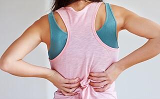 Slik kan du få bukt med ryggsmertene
