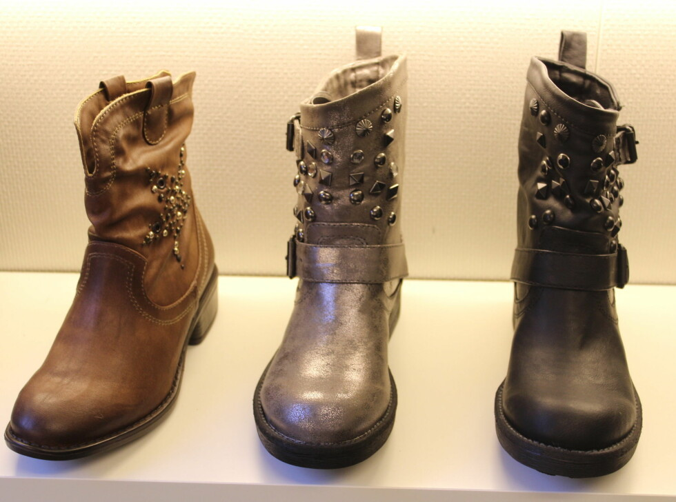 """POPULÆRT TIL HØSTEN: Boots inspirert fra biker-looken og cowboy-tiden er på vei inn. Skomerket Sixtyseven kaller looken """"Urban Cowboy"""". Pyntes gjerne opp med nagler og pynt. Skoene som er avbildet er fra Stella. Foto: Benedicte Haugaard"""