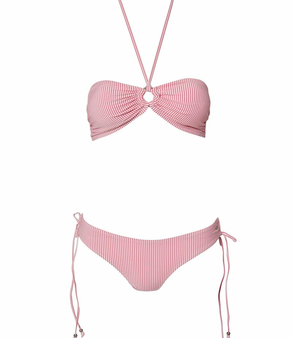 Søt og stripete bikini fra Tommy Hilfiger (kr 799/nelly.com). Foto: Produsent