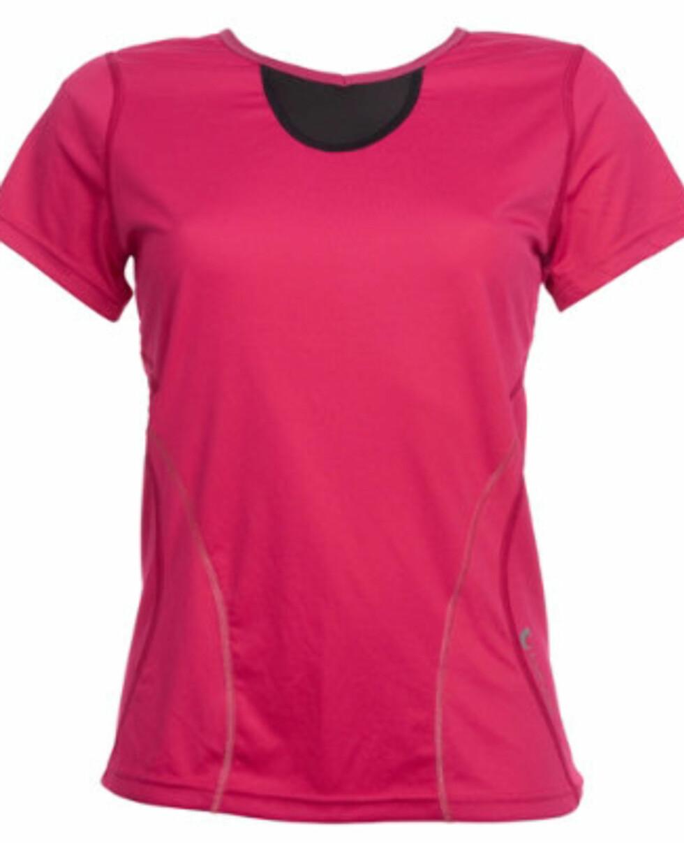 Tech T-shirt Dame - 599 kroner (kommer også i blått og svart).  Foto: Bavac