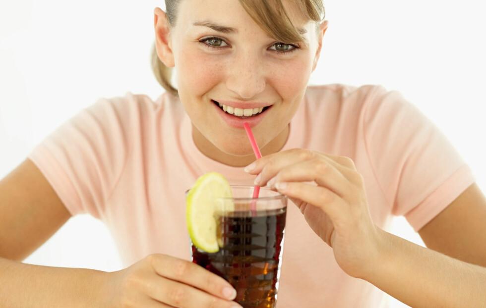 DROPP SUKKERET: Et høyt inntak av sukker øker risikoen for tannråte og overvekt, i tillegg til at sukkeret erstatter livsnødvendige næringsstoffer i maten din. Foto: Getty Images