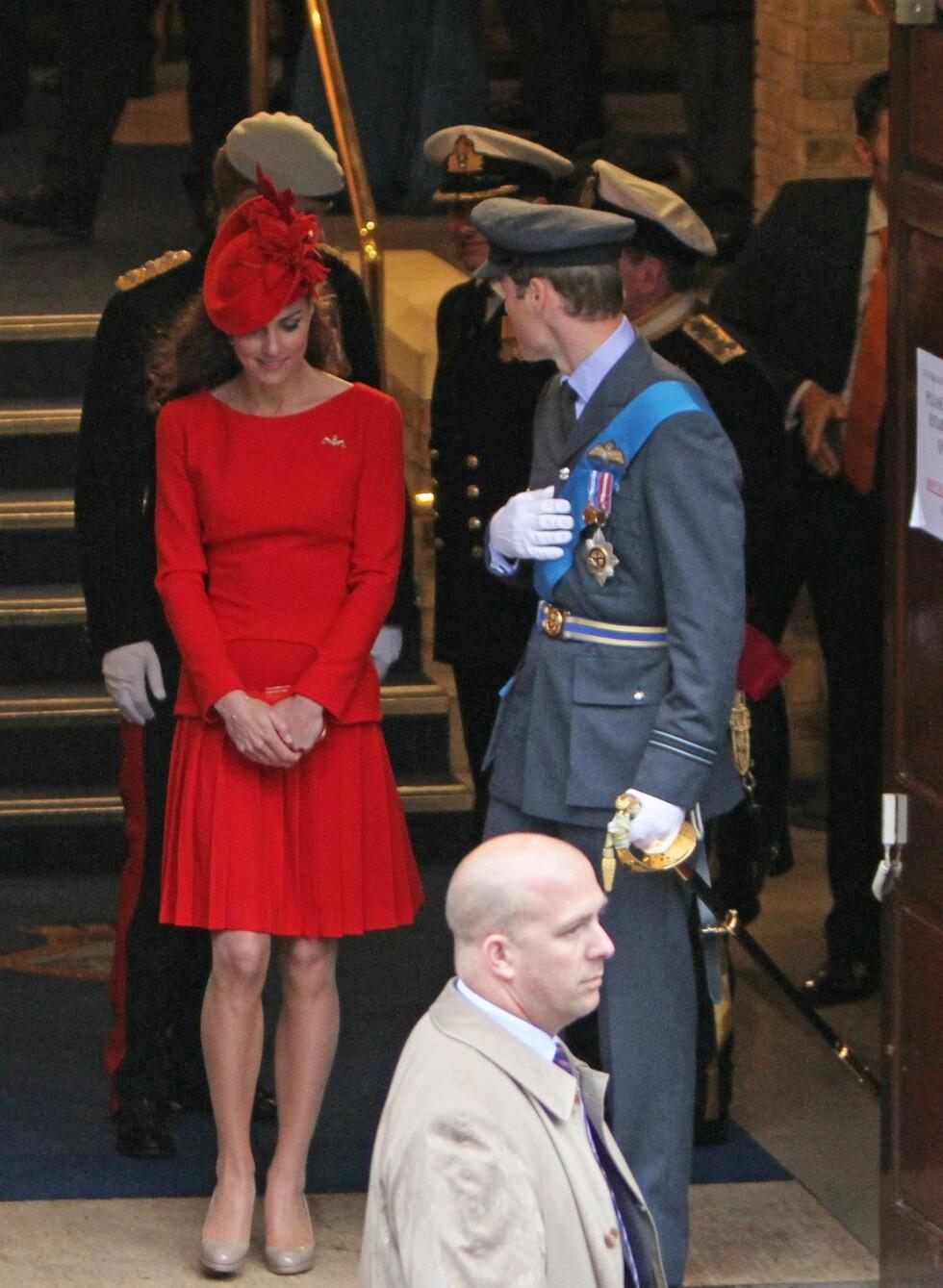Under diamantjubileet for monarkiet nylig brukte Kate skoene sammen med en knallrød Alexander MqQueen-kjole. Foto: All Over Press