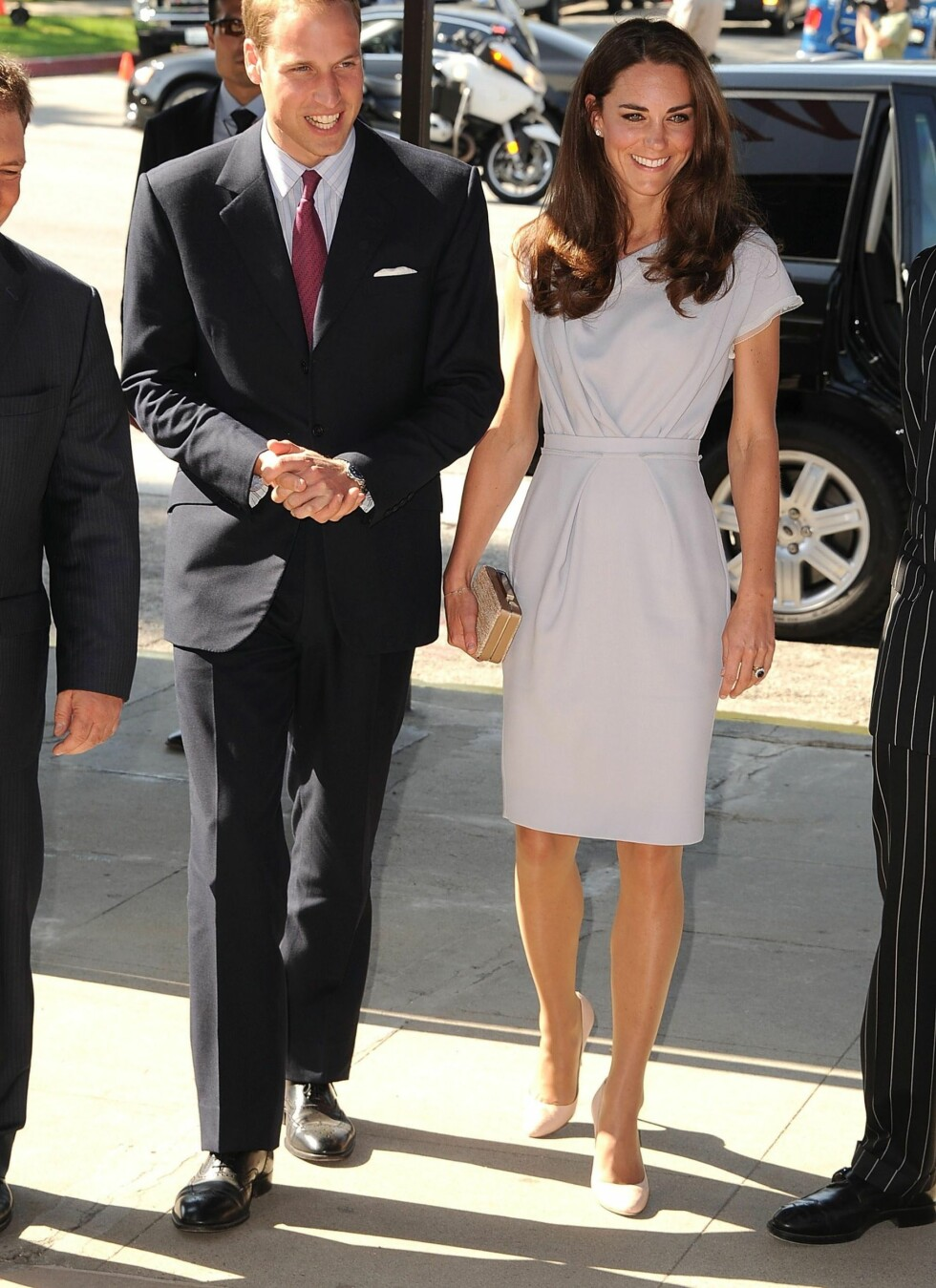 Prins William og Kate Middleton deltar på en event ved the Beverly Hilton Hotel i Beverly Hills. Skoene er selvsagt på plass. Foto: All Over Press