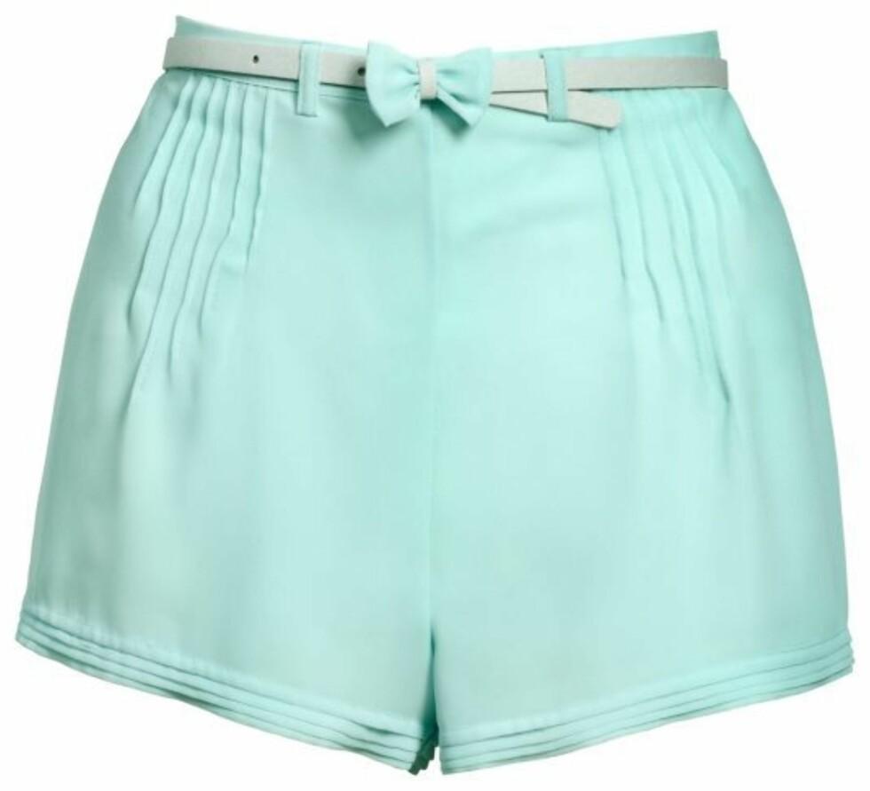 Mintgrønn shorts med høy midje (kr 180, H&M). Foto: Produsenten