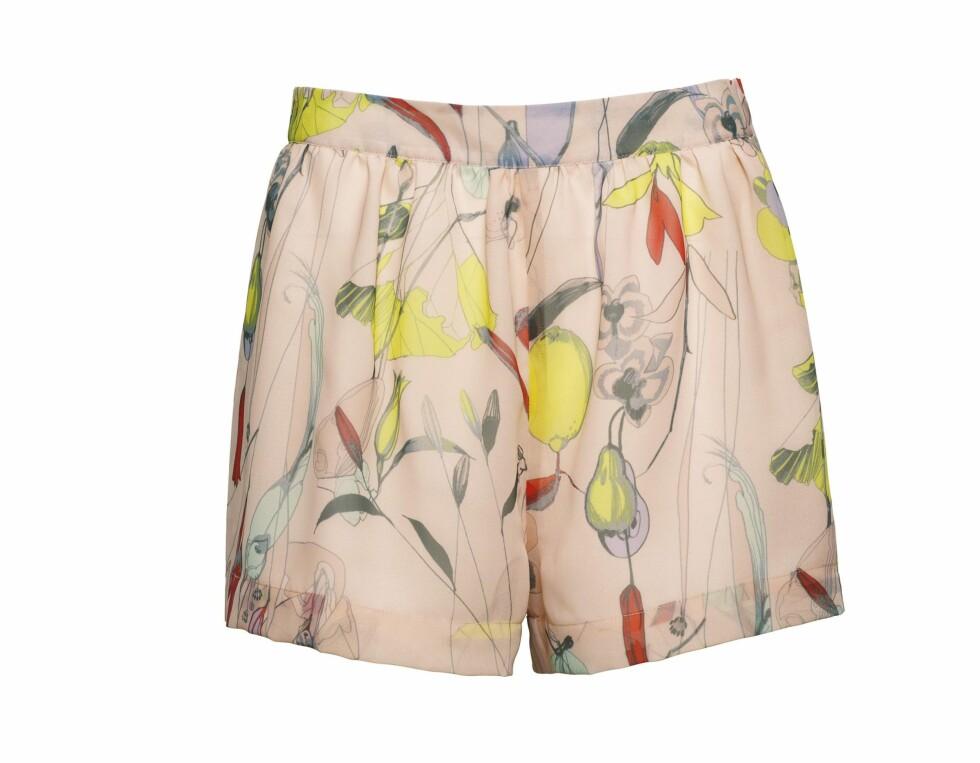 Fruktig shorts (kr 200, H&M). Foto: Produsenten