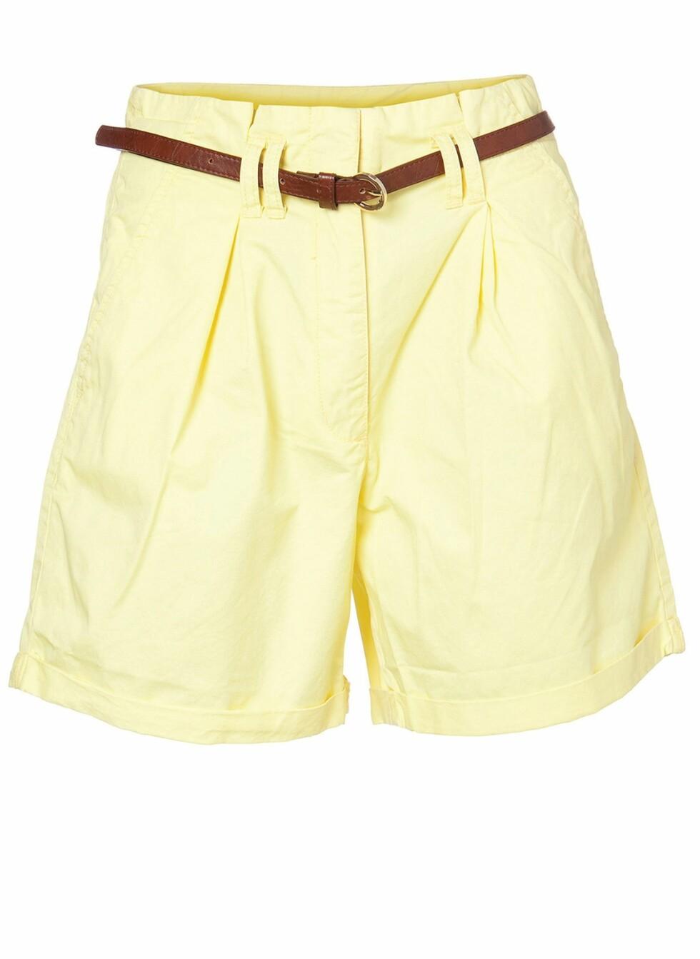 Shortsen som gir flatterende snitt (kr 260, Vero Moda). Foto: Produsenten